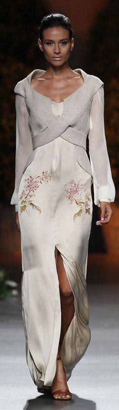 Ion Fiz S/S 2014 #runway #fashion