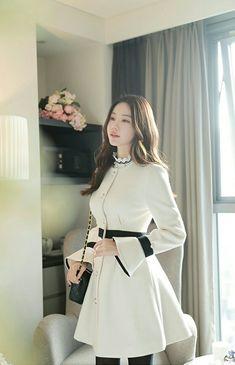 Ladies Fashion, Women's Fashion, Fashion Design, Dress Outfits, Fashion Dresses, Office Fashion, Classy Dress, Korean Fashion, High Waisted Skirt