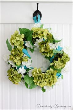 Springy Blue and Green Wreath @ Domestically-Speaking.com