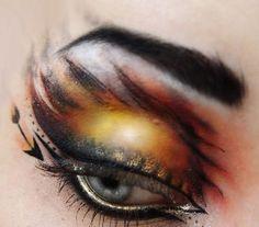 Cool Hunger Games kinda makeup.