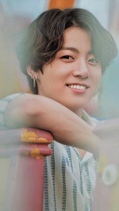 « JK / Jeon Jungkook lockscreen / fond d& scans BTS Forfait Été 2019 HD. Bts Jungkook, V E Jhope, Jung Kook, Foto Bts, Bts Summer Package, Les Bts, Jungkook Aesthetic, Twitter Bts, Jeon Jeongguk