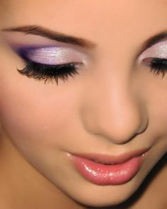 fresh combination of purple / lilac eye makeup and coral/ honeysuckle lipstick - very nice for brown eyes
