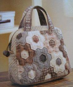 bolso con hexagonales
