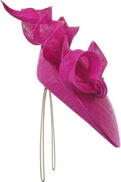 Philip Treacy Sculptural bow headpiece #millinery #judithm #hats