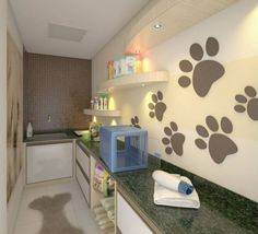 Cute grooming room i like the mural and the dog pens for Grooming shop floor plans