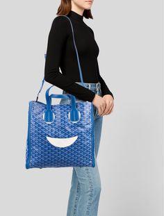 Goyard Goyardine Voltaire Tote w/ Strap Designer Totes, Designer Handbags, Goyard Tote, How To Make Purses, Studded Bag, Summer Bags, Vuitton Bag, Cloth Bags