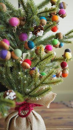 DIY Felted Acorn Christmas Garland Tutorial