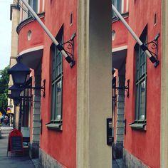 A building at Kirkkokatu in Kruununhaka Helsinki