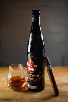Havana Club, 7 Yr Old - made in Cuba. Of course it goes well with a good cigar, but it isn't really a great rum. Still, when it's all you've got. Cigars And Whiskey, Good Cigars, Pipes And Cigars, Cuban Cigars, Havana Nights Party, Cigar Art, Cigar Smoking, Liquor, Cigars