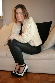 Anthea's Fashion: Black and white outfit