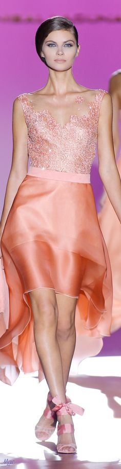 Spring 2017 Ready-to-Wear Hannibal Laguna Pink Fashion, Fashion 2017, Couture Fashion, Love Fashion, Runway Fashion, Fashion Outfits, Modern Fashion, Hannibal Laguna, Coral