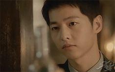 Descendants of the Sun Song Joong Ki Dots, Descendants Of The Sun Wallpaper, Decendants Of The Sun, Song Joon Ki, A Werewolf Boy, Song Hye Kyo, Book Tv, Korean Actors, Korean Dramas