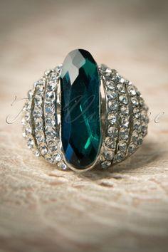 Foxy - Dazzling Vintage Aqua Ring