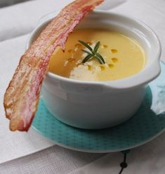 Cheeseburger Chowder, Cantaloupe, Food And Drink, Soup, Fruit, Soups