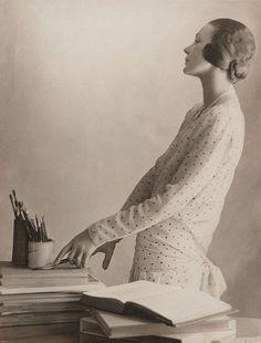 Harold Cazneaux  Doris Zinkeisen with her brushes, 1929.