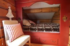 How you can Discover The Very Best Loft Beds For Kids Alcove Bed, Bed Nook, Bedroom Nook, Home Bedroom, Bedroom Decor, Enclosed Bed, Attic Bed, Sleeping Nook, Bunk Beds Built In