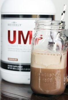 Recipe:+Skinny+Mocha+Java+Protein+Smoothie