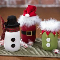 Mason Jar Crafts 537054324300197353 - Fun and quirky Mason Jar holiday crafts. Made easy with paint, washi tape, buttons, feather boas and ribbon! A fun project to do with kids! Source by Christmas Jars, Diy Christmas Gifts, Christmas Projects, Kids Christmas, Kids Holiday Crafts, Mason Jar Christmas Decorations, Christmas Design, Christmas Crafts For Gifts For Adults, Christmas Ribbon Crafts