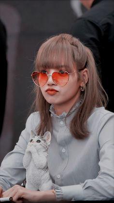 Blackpink Jisoo, South Korean Girls, Korean Girl Groups, Lisa Park, Tumbrl Girls, Chica Cool, Lisa Blackpink Wallpaper, Blackpink Members, Black Pink Kpop