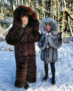 Mother And Child, Mother Family, Fox Fur Coat, Swiss Alps, Kids Coats, Fur Fashion, Winter Coat, Sustainable Fashion, Mantel