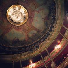 #theatre #plafond #motionplusdesignsmeetup