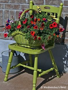 Chair Planters - Planters - Ideas of Planters - Green Chair . Upcycled Chair Planters - Planters - Ideas of Planters - Green Chair .Upcycled Chair Planters - Planters - Ideas of Planters - Green Chair . Garden Chairs, Garden Planters, Garden Bed, Garden Furniture, Garden Benches, Garden Junk, Modern Planters, Vintage Planters, Furniture Chairs