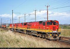 South African Railways, Diesel, Speed Training, Electric Locomotive, Train Tracks, High Speed, Landscape Photography, Trains, Transportation