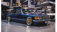 W126 VIP dictator style Mercedes W126, Old Mercedes, Classic Mercedes, Mercedes Benz Cars, Benz S Class, Sport Cars, Dream Cars, Automobile, Wheels