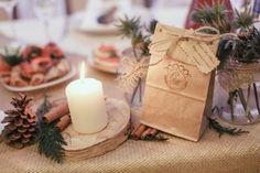 Winter rustic wedding with cotton, cinnamon and cones. Bonbonieres. Floristic and decor by Fleur de vanille, Moscow.
