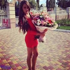 Девушки фото красивые с цветами
