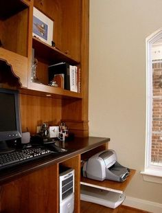 Home Office Equipment Management. Here offers a practical solution with pullout shelving underneath the desk, a cabinet with a shelf or big deep drawers to keep your computers, printers well organized in a simple yet clean outlook. http://hative.com/ways-to-organize-your-familys-electronics/