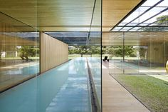 Built by Joan Puigcorbé in San Jose, Costa Rica with date 2015. Images by Jordi Miralles. This house establishes an uninterrupted ̈inside-outside ̈ relationship; a sequence of layers between the open and the...