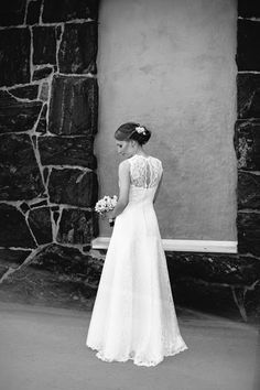 Real wedding in Finland. Lace dress by Pukuni (www.pukuni.fi).