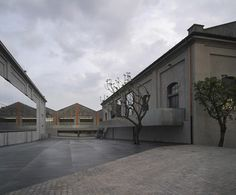 « Newer story Older story » OMA's Fondazione Prada art centre opens in Milan. Rem Koolhaas' firm has converted a century-old distillery in Milan into a new arts centre for Fondazione Prada.