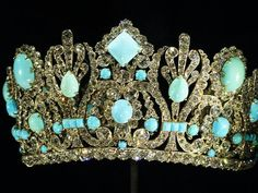 National museum of natural history. Marie Antoinette s tiara.