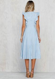 (notitle) get dressed Dress Outfits, Casual Dresses, Short Dresses, Dress Up, Summer Dresses, Pretty Dresses, Beautiful Dresses, Modest Fashion, Fashion Dresses