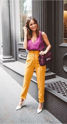 What the Athleisure trend is and how you can rock it Work Fashion, Trendy Fashion, Plus Size Fashion, Fashion Outfits, Fashion Trends, Fashion Fashion, Casual Chic, Smart Casual, Color Blocking Outfits