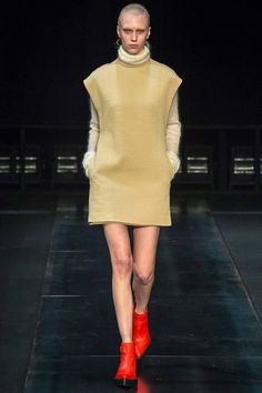 Fuzzy turtleneck, crisp tunic and pointy ketchup hued platform booties. Too cool to be too cute at Helmut Lang.  Helmut Lang | Fall 2014 Ready-to-Wear Collection | Style.com