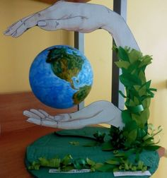 Na sala de aula sjc - Achei lindo essa proposta. Paper Crafts Origami, Paper Crafts For Kids, Preschool Crafts, School Board Decoration, School Decorations, Science Projects, Projects For Kids, Art Projects, Paper Flower Art