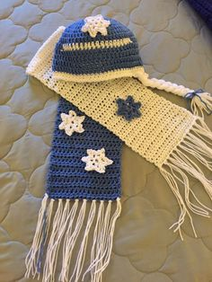 Hat and Scarf Set for a special little Princess... Deborah Norville Soft Yarn