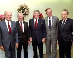 REAGAN library Dedication-Presidents Gerald R. Ford, Jimmy Carter, Ronald Reagan, George Bush, and Richard Nixon at the 1991 dedication of the Reagan Library . Presidents Wives, Greatest Presidents, American Presidents, Presidential History, Presidential Libraries, Presidential Portraits, President Ronald Reagan, Former President, Us History