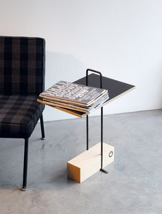 Small Tables: Small Table Abgemahnt by Moormann