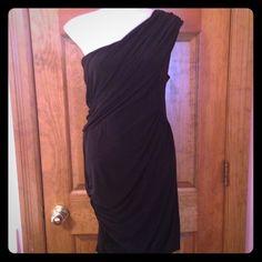 Black formal one shoulder dress Beautiful, elegant one shoulder dress purchased at nordstroms. Great for formal events! Soprano Dresses One Shoulder