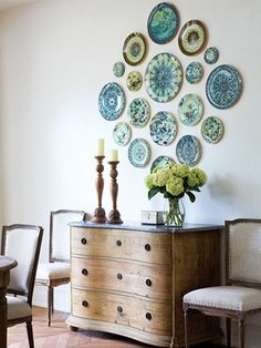 Pretty House Things: Decorating with Pretty Plates