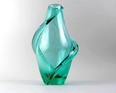 Wytwórnia Zelezny Brod, proj. Frantisek Zemek, Czechosłowacja, 1950 rok. Zelezny Brod Works, design Frantisek Zemek, Czechoslovakia, 1950.