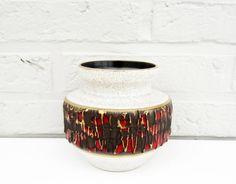 Vintage VASE West German ceramic Dümler Breiden by LeFrenchBazaar on Etsy, €19.95 #Etsy #VintageFinds #CeramicVase #DumlerBreiden #FatLava