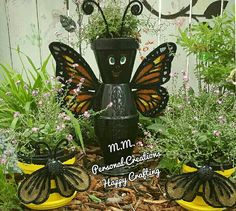 I made Bee's and Butterfly from clay pot's for a few sweet ladies for Mother's Day..