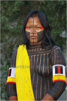 xingu girl: 82 thousand results found on Yandex. Tribal People, Tribal Women, We Are The World, People Of The World, Pintura Tribal, Amazon Tribe, Xingu, Ethnic Dress, Native Indian