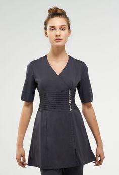 design - the gracie Spa Uniform, Maid Uniform, Pedicure Bowls, Manicure And Pedicure, Dental Uniforms, Work Fashion, Fashion Design, Sleeve Styles, Scrubs