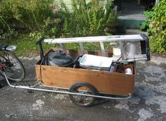 homemade bike cargo trailer - with instructions (http://drumbent.com/trailer_big.html)